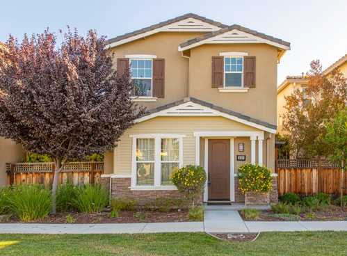 $1,399,000 - 4Br/3Ba -  for Sale in East Palo Alto