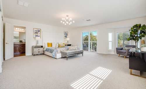 $1,290,000 - 5Br/3Ba -  for Sale in Union City