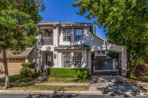 $1,898,000 - 4Br/3Ba -  for Sale in Campbell