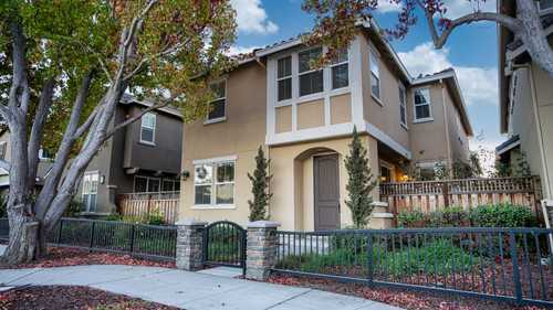 $1,448,888 - 4Br/3Ba -  for Sale in East Palo Alto