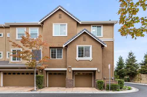 $990,000 - 3Br/3Ba -  for Sale in Union City