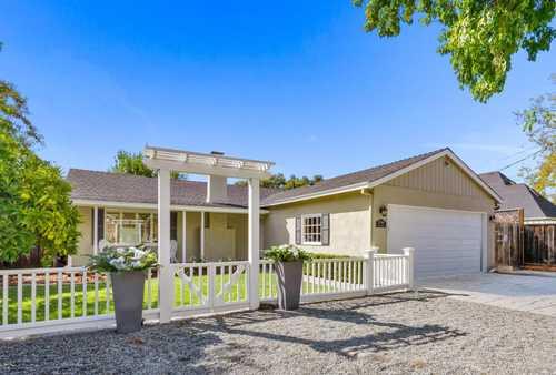 $2,698,000 - 3Br/3Ba -  for Sale in Los Gatos