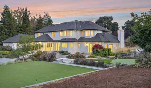 $7,800,000 - 6Br/5Ba -  for Sale in Los Altos Hills