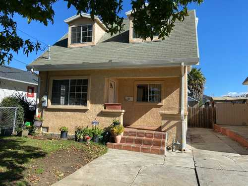 $689,000 - 5Br/3Ba -  for Sale in Oakland
