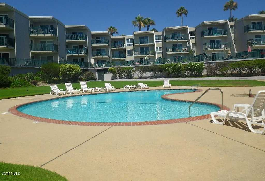 $458,000 - 2Br/2Ba -  for Sale in Oxnard