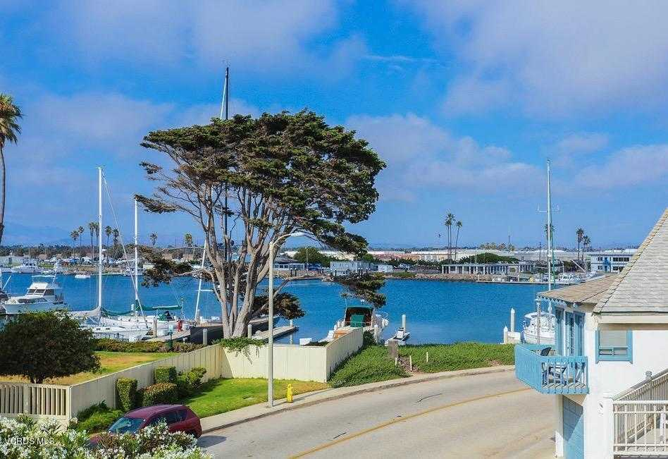 $1,429,000 - 4Br/4Ba -  for Sale in Oxnard