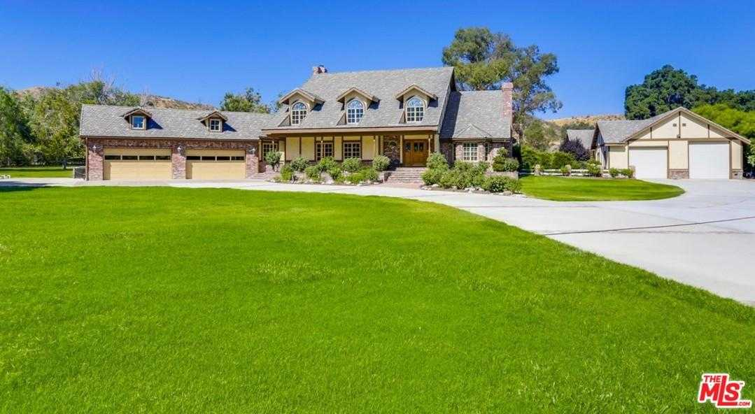 $1,595,000 - 4Br/4Ba -  for Sale in Canyon Country