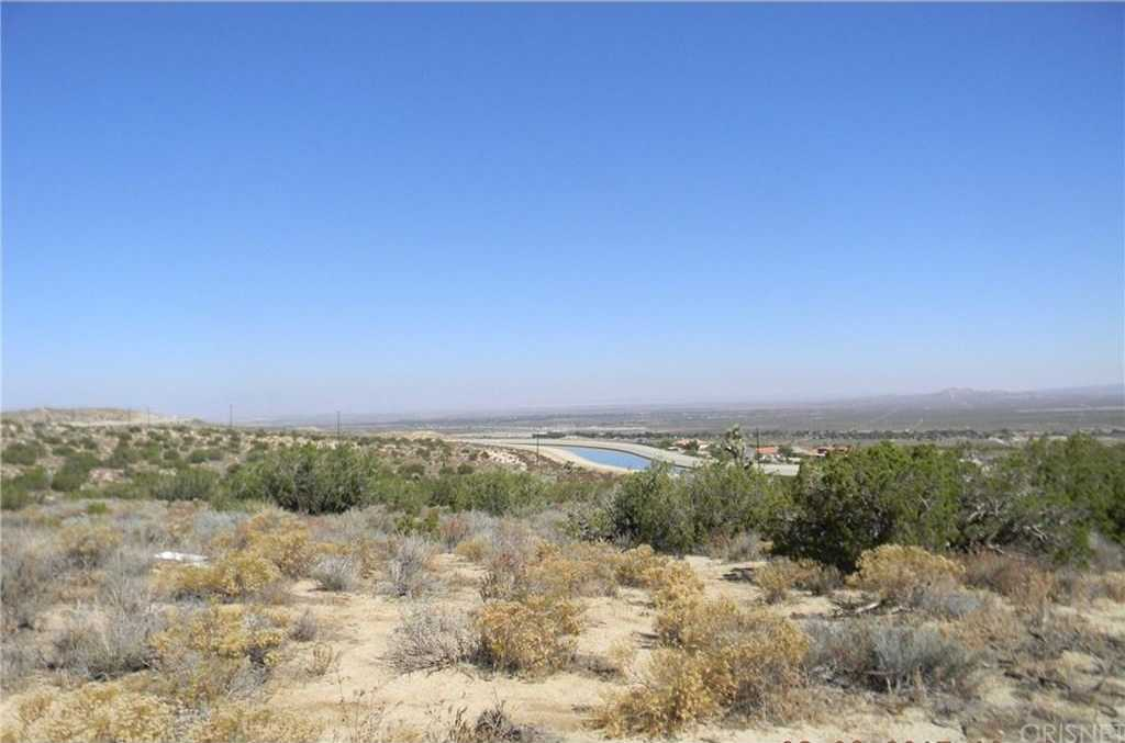 $335,000 - Br/Ba -  for Sale in Pearblossom
