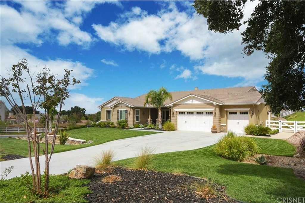 $1,249,000 - 4Br/4Ba -  for Sale in Canyon Country