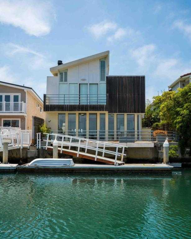 $1,899,950 - 4Br/4Ba -  for Sale in Oxnard