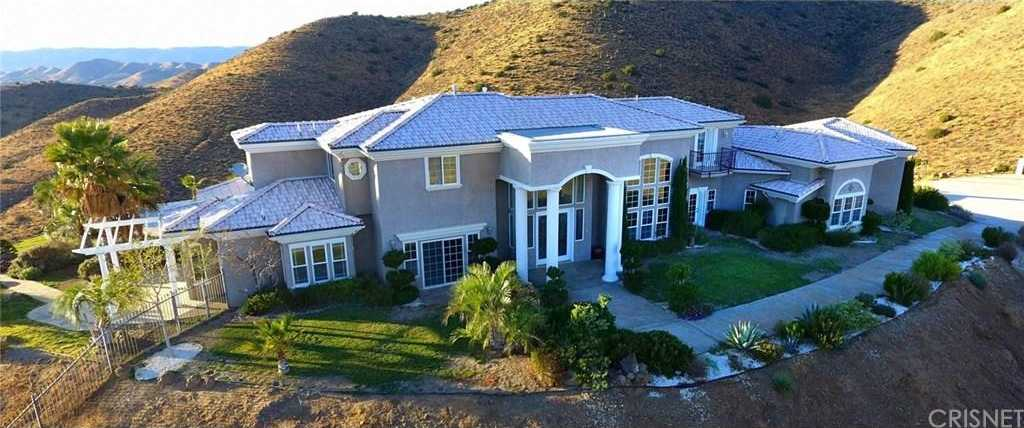 $1,499,000 - 4Br/5Ba -  for Sale in Agua Dulce