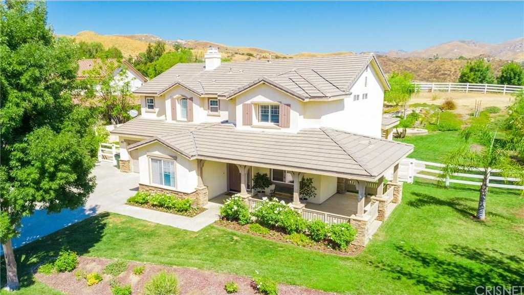$1,050,000 - 5Br/5Ba -  for Sale in Castaic
