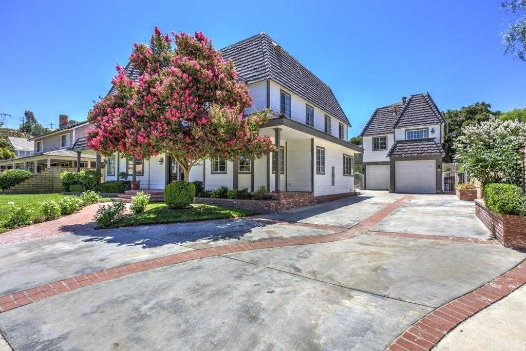 $1,119,000 - 4Br/5Ba -  for Sale in Newhall