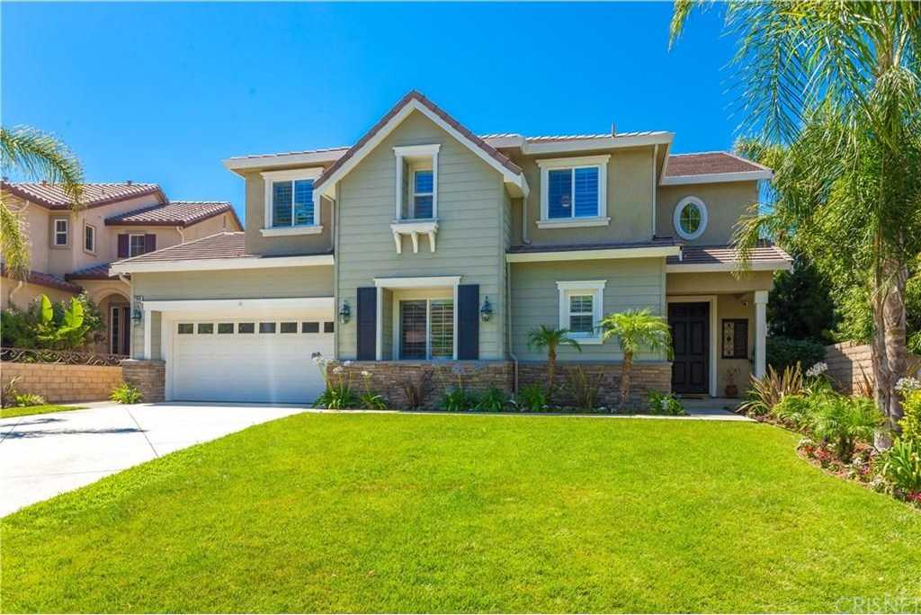 $824,999 - 5Br/4Ba -  for Sale in Saugus