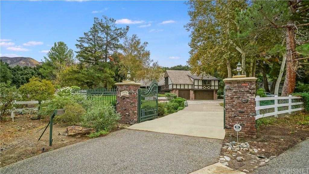 $1,200,000 - 5Br/4Ba -  for Sale in Canyon Country
