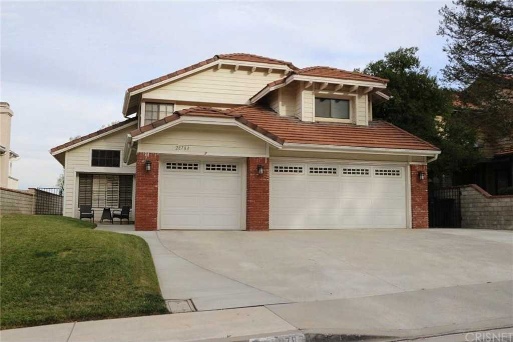 $599,999 - 5Br/3Ba -  for Sale in Castaic