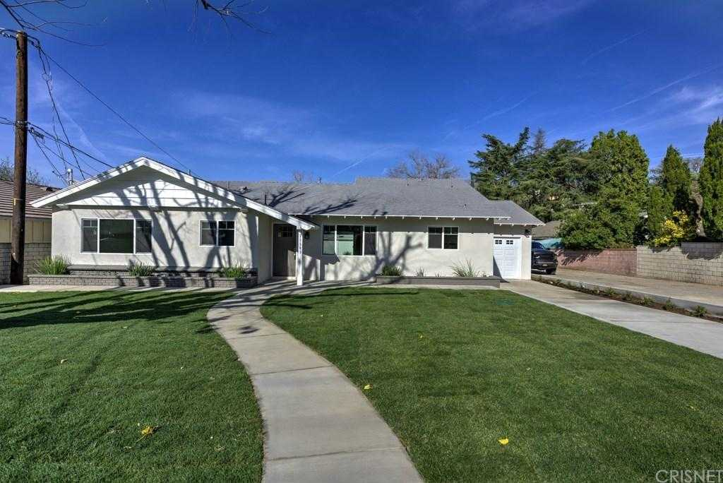 $699,999 - 3Br/2Ba -  for Sale in Newhall