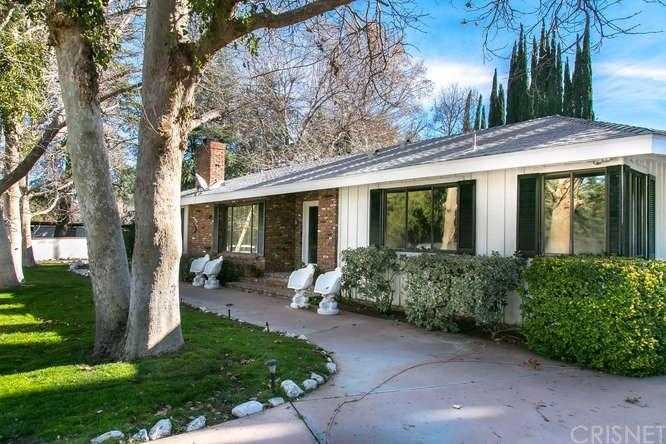 $1,259,000 - 6Br/4Ba -  for Sale in Canyon Country