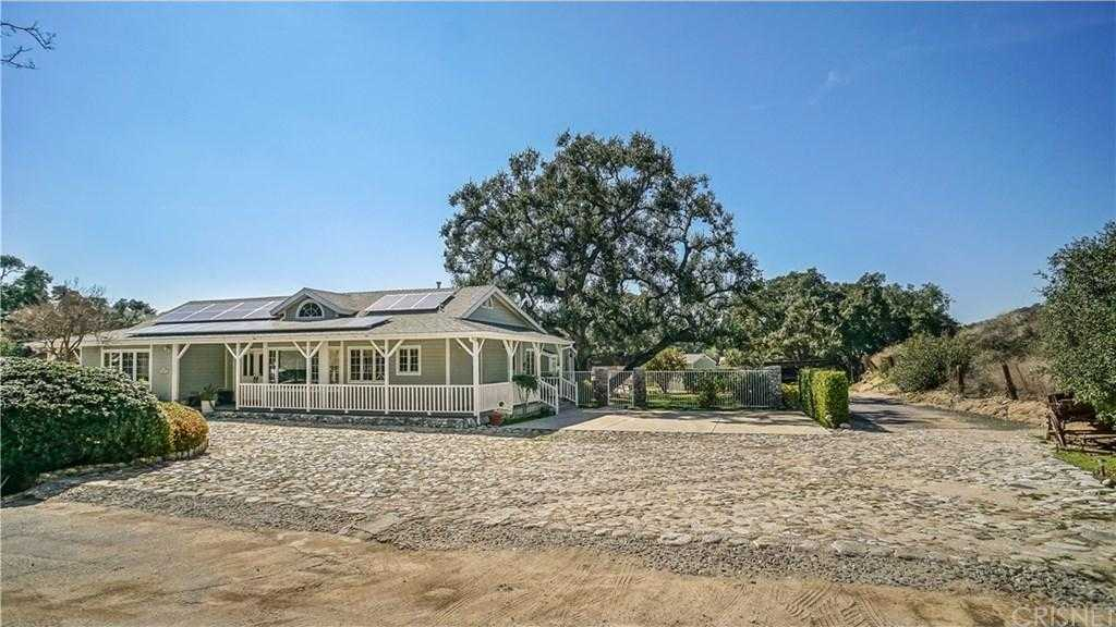 $1,400,000 - 6Br/6Ba -  for Sale in Newhall