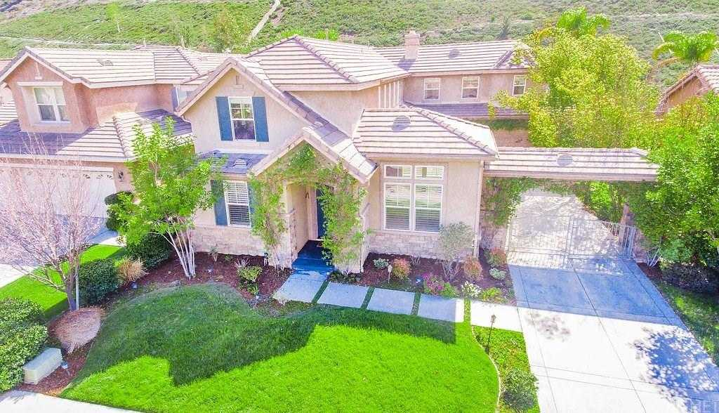 $975,000 - 4Br/3Ba -  for Sale in Stevenson Ranch