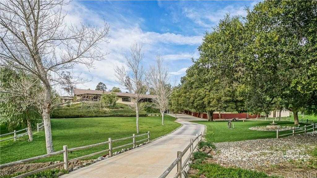 $1,400,000 - 5Br/5Ba -  for Sale in Canyon Country