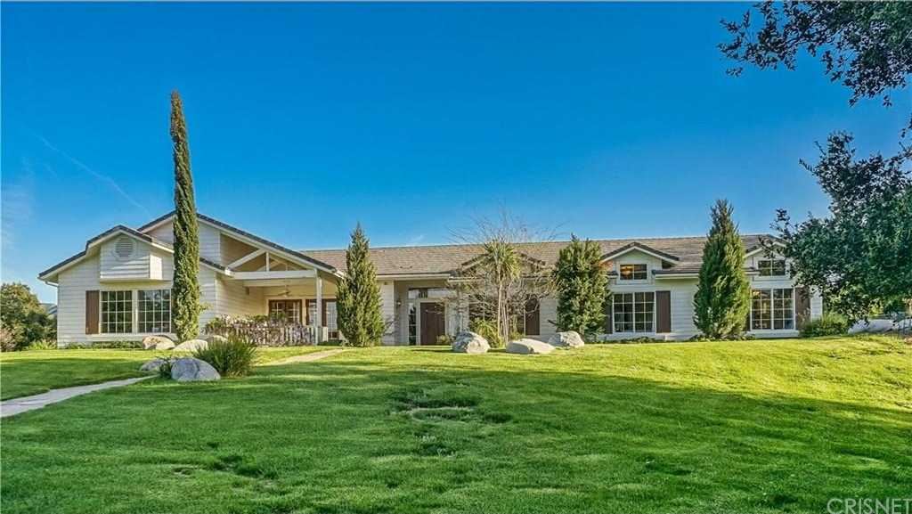 $1,688,000 - 5Br/5Ba -  for Sale in Canyon Country