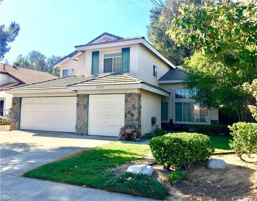 $624,900   4Br/3Ba   For Sale In Castaic
