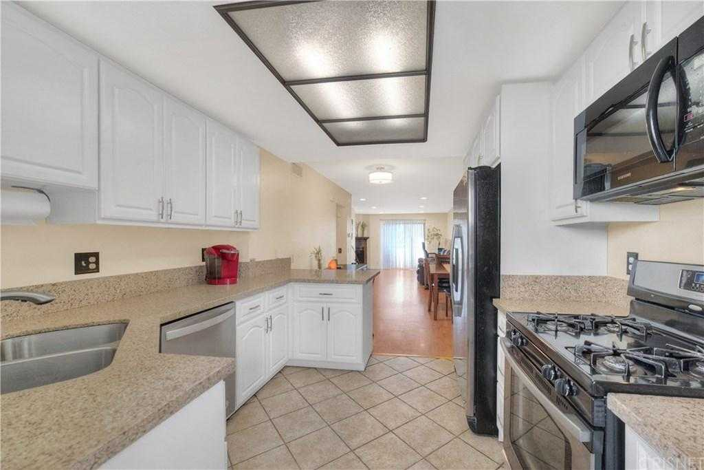 $324,999 - 2Br/2Ba - for Sale in Canyon Country