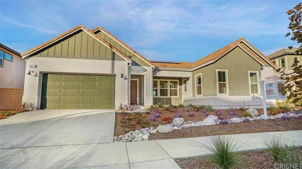 $1,050,000 - 4Br/4Ba - for Sale in Canyon Country