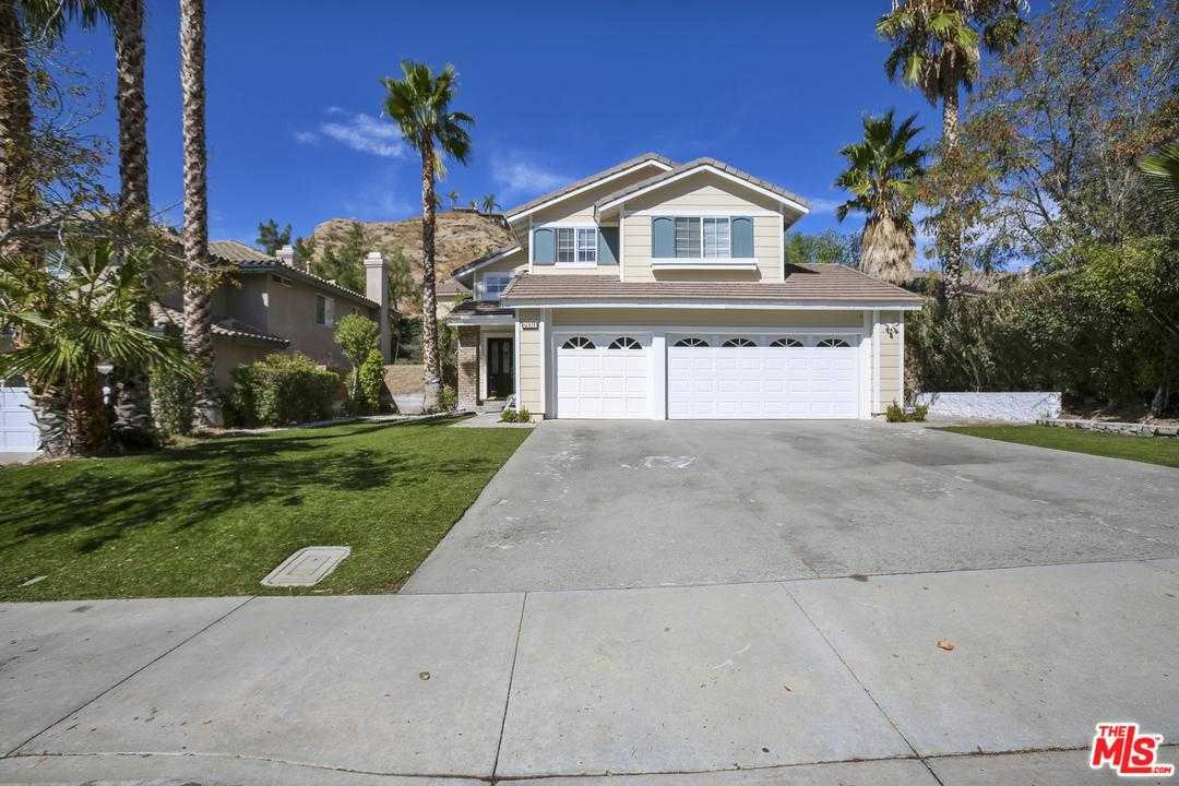 $705,000 - 3Br/3Ba - for Sale in Canyon Country