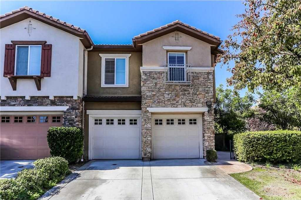 $619,990 - 3Br/3Ba -  for Sale in Valencia