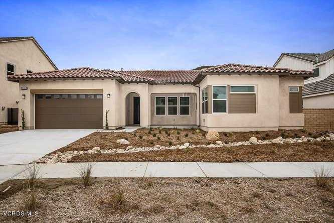 $900,550 - 4Br/4Ba -  for Sale in Canyon Country