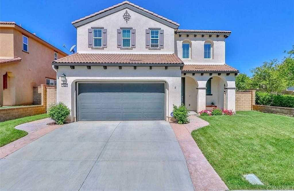 $739,999 - 5Br/3Ba -  for Sale in Valencia