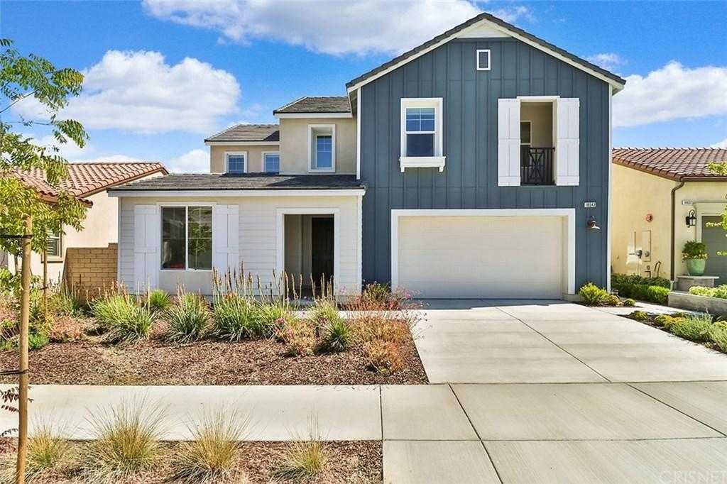$759,000 - 4Br/3Ba -  for Sale in Canyon Country