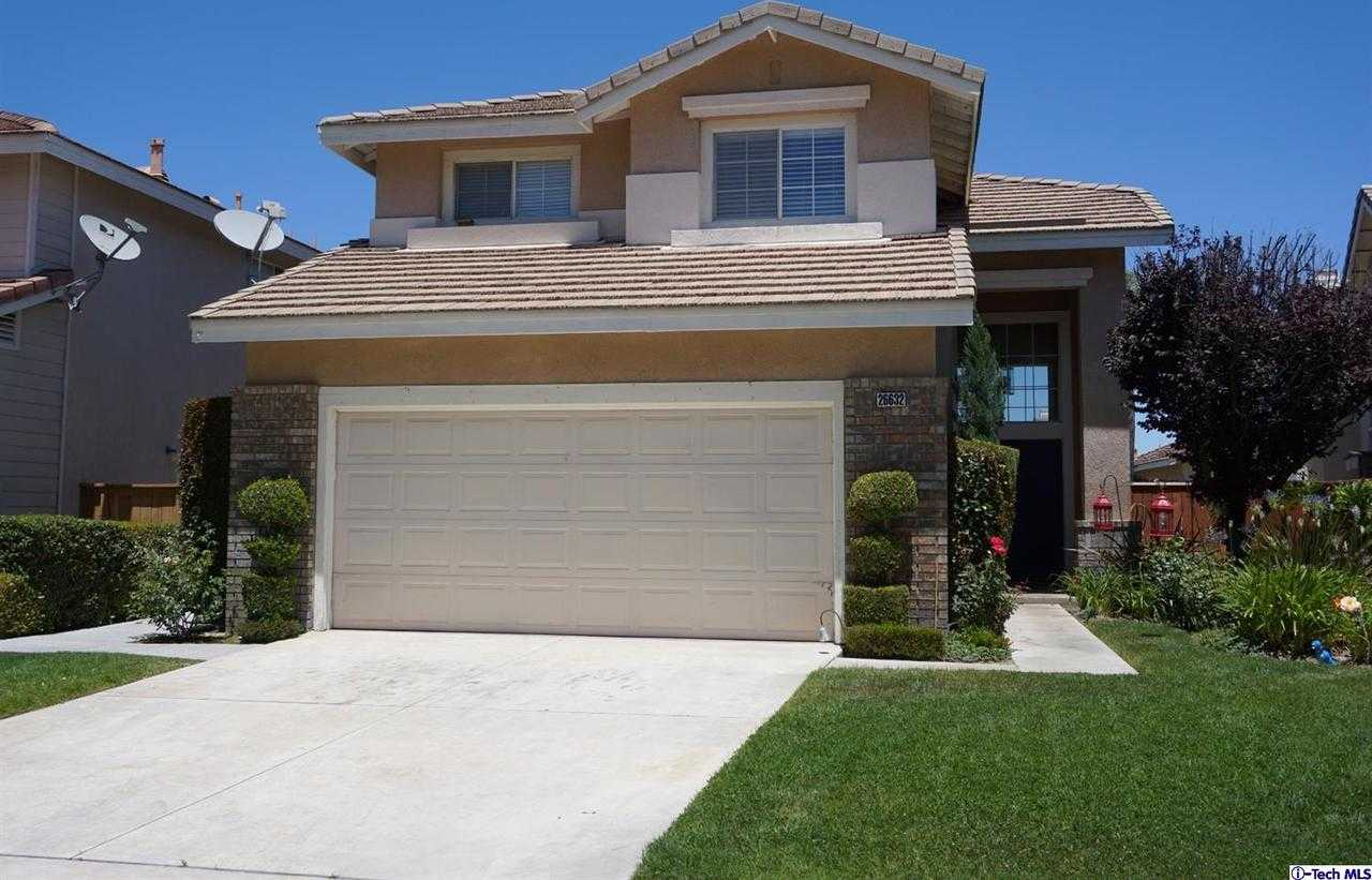 $595,000 - 3Br/3Ba -  for Sale in Canyon Country