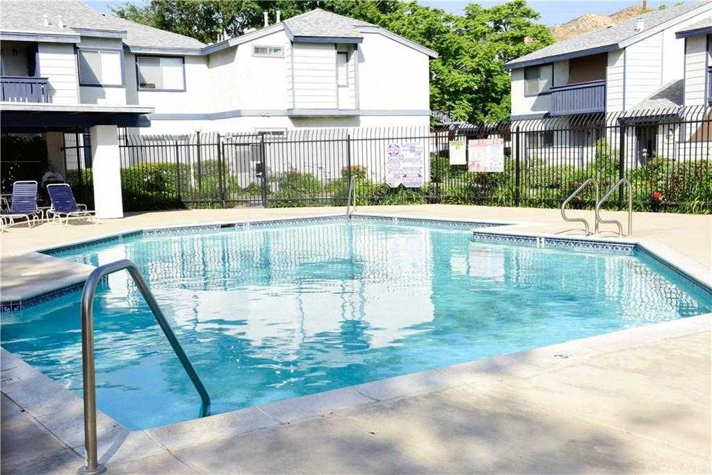 $299,999 - 2Br/1Ba -  for Sale in Saugus