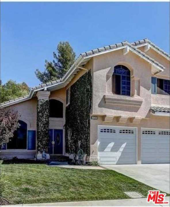 $749,000 - 6Br/3Ba -  for Sale in Canyon Country