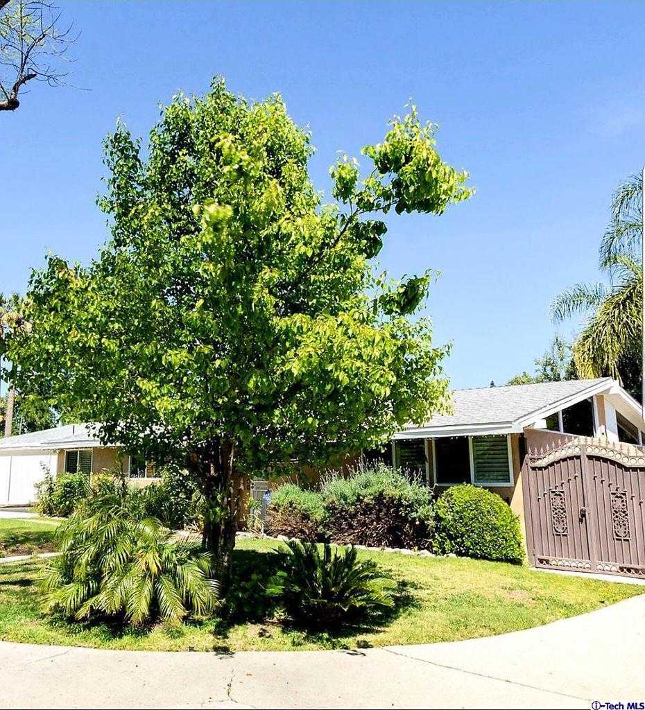 $839,000 - 4Br/2Ba -  for Sale in Woodland Hills