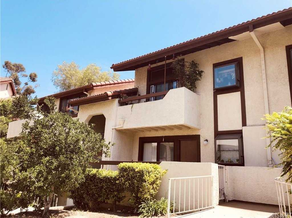 $296,800 - 2Br/2Ba -  for Sale in Canyon Country