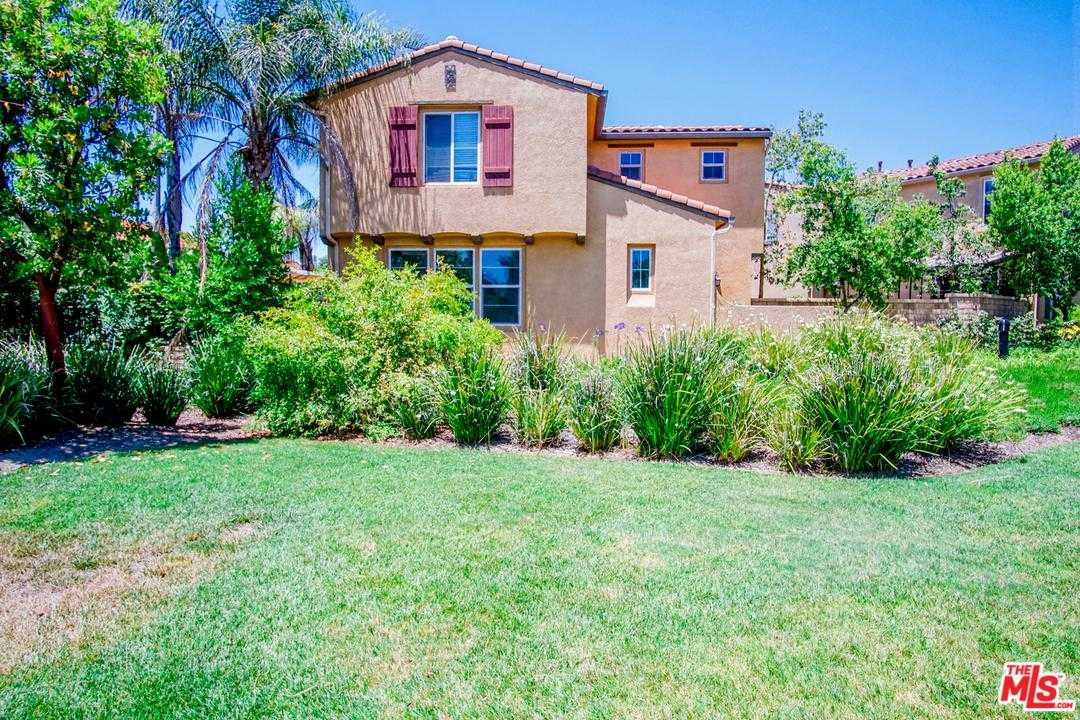 $435,000 - 3Br/3Ba -  for Sale in Castaic