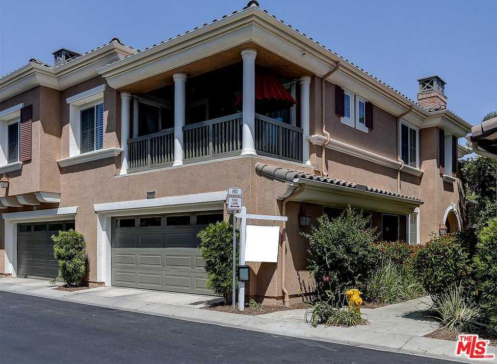$515,000 - 4Br/3Ba -  for Sale in Valencia