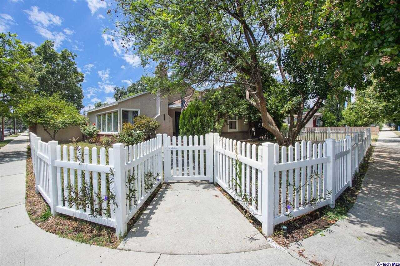 $574,900 - 3Br/1Ba -  for Sale in Reseda