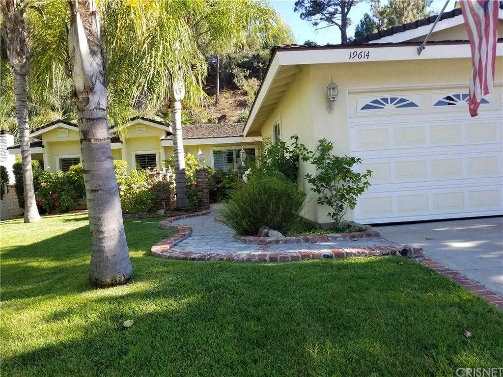 $565,000 - 4Br/2Ba -  for Sale in Newhall