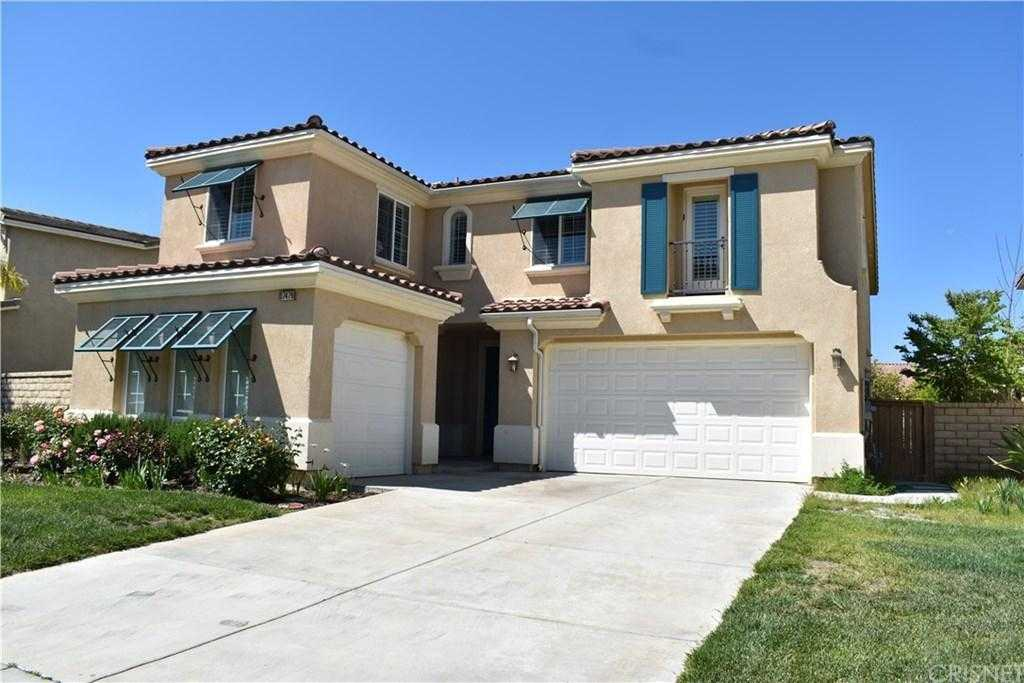 $699,000 - 5Br/3Ba -  for Sale in Canyon Country
