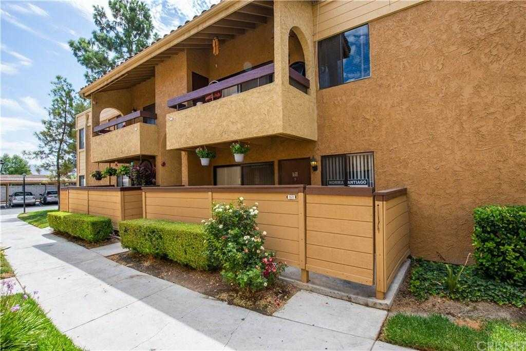 $299,999 - 3Br/2Ba -  for Sale in Canyon Country