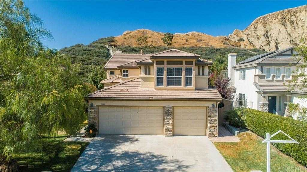 $665,000 - 4Br/3Ba -  for Sale in Canyon Country