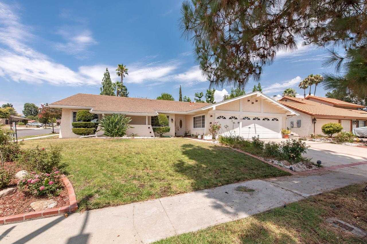 $749,950 - 4Br/3Ba -  for Sale in Chatsworth