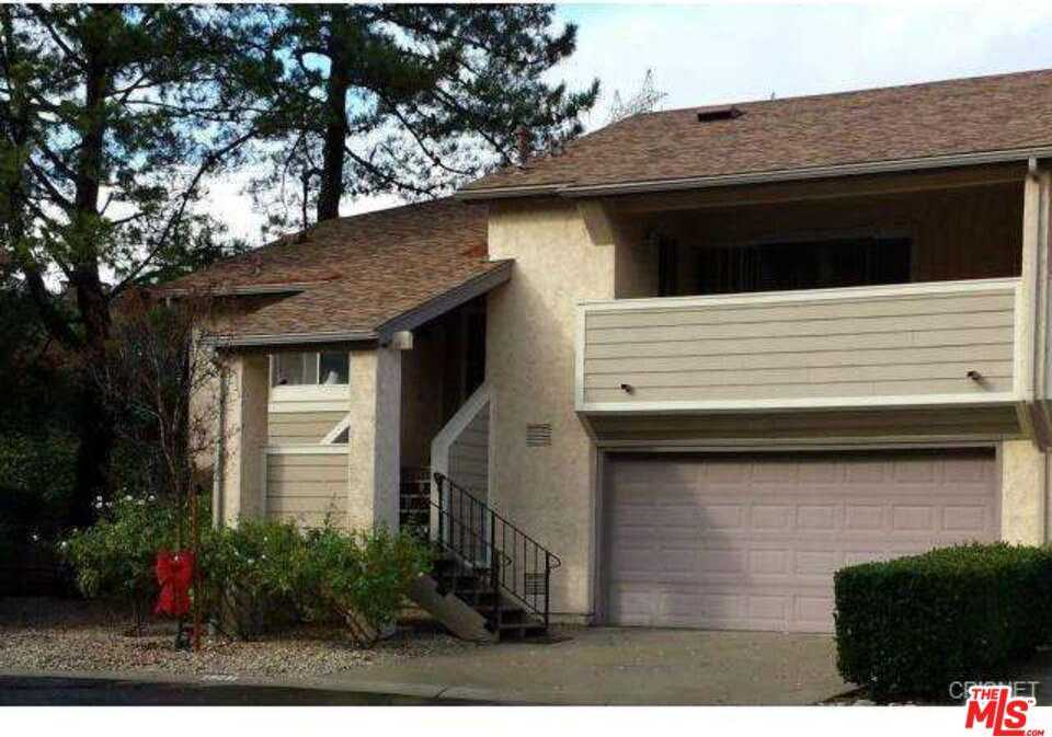 $426,995 - 2Br/2Ba -  for Sale in Newhall