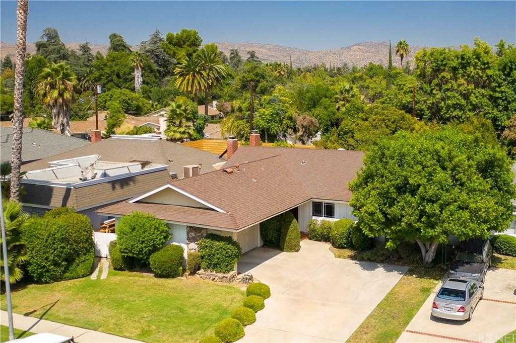 $779,000 - 4Br/3Ba -  for Sale in Woodland Hills