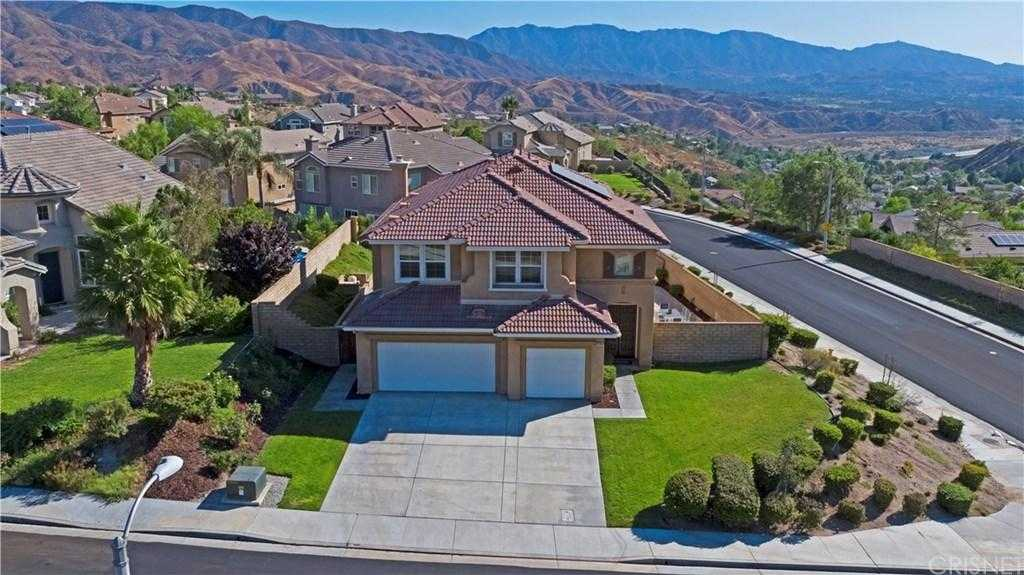 $765,000 - 5Br/3Ba -  for Sale in Canyon Country